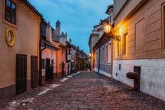 布拉格,捷克共和国 Hrandcany金黄车道,位于布拉格城堡 库存照片