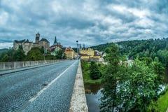 布拉格,捷克- 2016年7月02日:老城堡Loket街道  免版税库存图片