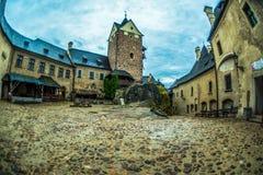 布拉格,捷克- 2016年7月02日:老城堡Loket街道  库存照片