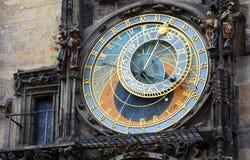 布拉格,捷克- 2017年7月16日:布拉格编钟  老天文学时钟在布拉格,老镇中心,捷克 库存图片