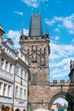 布拉格,捷克- 2016年6月17日:查尔斯桥梁塔  免版税库存照片