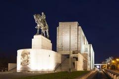 布拉格,捷克- 2015年12月21日:1月Zizka骑马雕象照片在Vitkov小山的 免版税库存图片