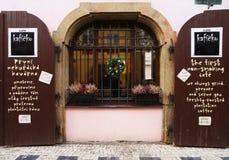 布拉格,捷克- 2014年1月27日:café在布拉格 原始的设计 库存图片