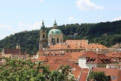 布拉格,红色屋顶在老镇 库存照片