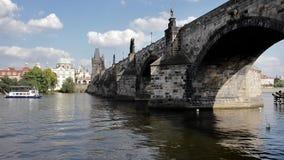 从布拉格-捷克小船的看法  影视素材