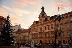 布拉格- 12月07 :在街道上的圣诞节装饰, 2016年 免版税库存图片