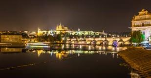 布拉格- Caslte和桥梁 图库摄影