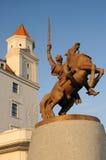 布拉索夫城堡国王雕象svatopluk 免版税库存照片