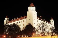 布拉索夫城堡在晚上 库存照片