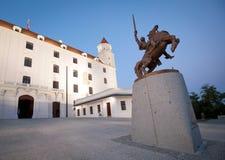 布拉索夫城堡雕象svatopluk 免版税图库摄影