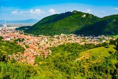 布拉索夫,特兰西瓦尼亚,罗马尼亚全景  免版税库存照片
