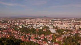 布拉索夫, tovn鸟瞰图在特兰西瓦尼亚,罗马尼亚 股票录像