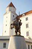 布拉索夫城堡, Svatopluk王子雕塑  免版税库存图片