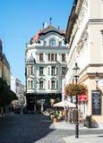布拉索夫,斯洛伐克- 2016年7月30日:一个美丽的装饰的房子在布拉索夫老镇的中心  免版税图库摄影