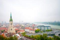 布拉索夫,斯洛伐克- 2015年10月16日:StMartin大教堂和 库存图片