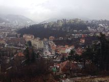 布拉索夫,老城市在冬天 免版税图库摄影