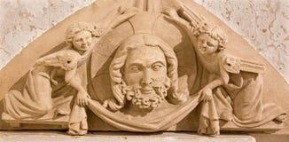 布拉索夫-从圣安哥特式礼拜堂的细节-教会预先的sotth门户在圣马丁大教堂里。 免版税库存图片