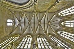 布拉索夫-从圣约翰的哥特式天花板此外福音传教士教堂方济会教会。 免版税库存照片