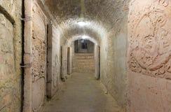 布拉索夫-在圣安教堂下的土窖在圣马丁大教堂里。 库存照片
