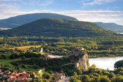 布拉索夫-城堡德温,斯洛伐克废墟  库存照片