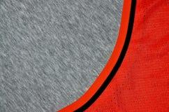 布料纺织品表面顶视图  特写镜头起皱了加热器并且编织了与稀薄的条纹图形的织品纹理 体育衣物 免版税库存图片