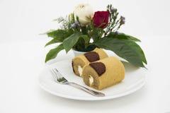 布朗卷蛋糕 免版税库存照片