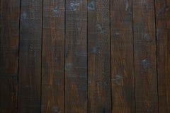 布朗木桌 文本或给的您的产品做广告地方 自然木头的装饰 免版税库存图片