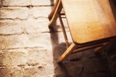 布朗木椅子 免版税库存照片