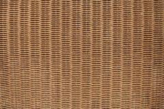 布朗柳条家具表面 木背景详细资料老纹理的视窗 免版税库存图片