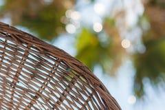 布朗沙滩伞从烧焦的太阳保存 图库摄影