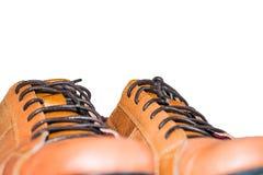 布朗皮鞋有白色背景 免版税图库摄影