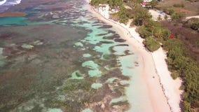 布瓦约兰海滩,盐水湖,格朗德特尔岛,瓜德罗普,加勒比鸟瞰图  影视素材