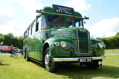 布罗姆利, LONDON/UK - 6月07日布罗姆利壮丽的场面开汽车 最大的一天经典车展在世界上! 图库摄影