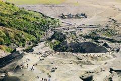 布罗莫火山的村庄在Bromo腾格尔塞梅鲁火山国家公园, Ea 库存照片