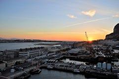 直布罗陀靠码头日出 免版税库存图片