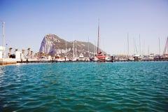 直布罗陀从海的岩石视图 免版税图库摄影