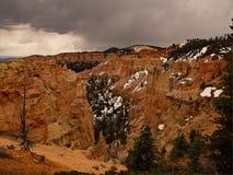 布赖斯峡谷为时雪 免版税图库摄影