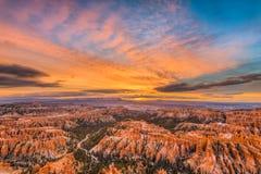布赖斯峡谷在黎明 免版税图库摄影