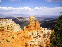 布赖斯峡谷在sunligt的岩石焕发 库存照片