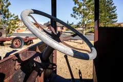 布赖斯, UTAH/USA - 11月5日:在一辆老卡车的方向盘在 免版税库存图片