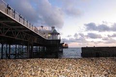 布赖顿码头看法在日落的 免版税库存图片