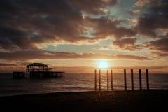 布赖顿码头日落 免版税图库摄影