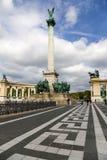 布达佩斯。英雄的方形与一千个Monument3 免版税库存图片