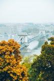 布达佩斯全景在秋天 库存图片