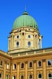布达佩斯城堡屋顶  免版税库存照片