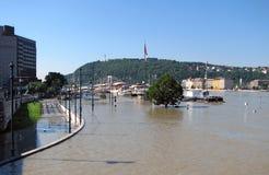 布达佩斯多瑙河洪水 免版税库存照片