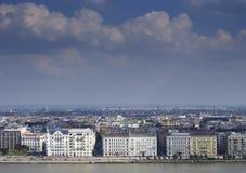 布达佩斯天空线 免版税库存照片