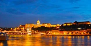 布达佩斯晚上场面 库存照片