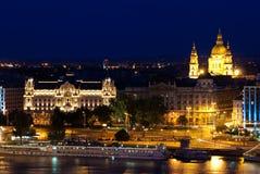 布达佩斯横向晚上 免版税库存图片