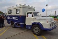 布达佩斯第二十一区D450中间性责任的车3 免版税库存图片